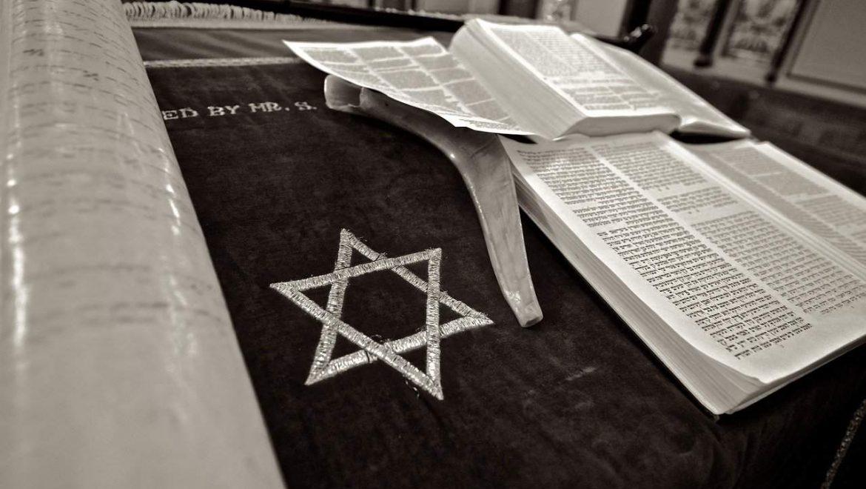 מה החשיבות של מזוזה בכל בית יהודי